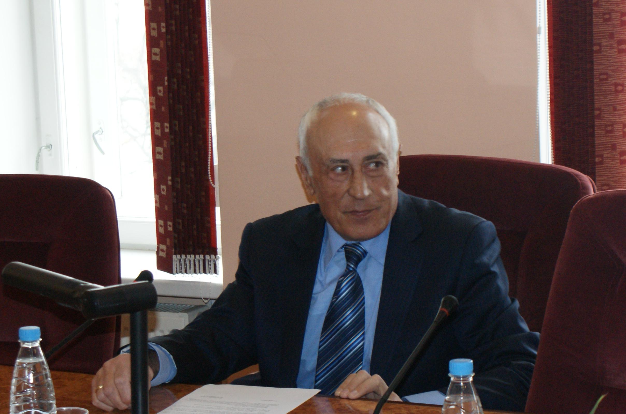 вице-президент Союза В.Е. Эминов на заседании 27 марта 2012